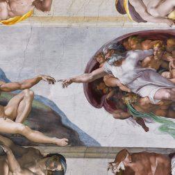 La Creazione di Adamo di Michelangelo nella cappella Sistina